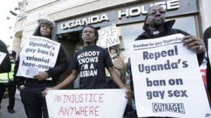 Ugandan protestors outside London embassy [Voice of America photo].